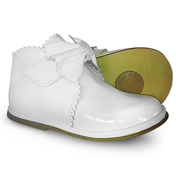 Girls White Patent Leather Shoes