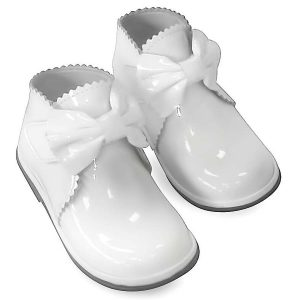 Borboleta Girls White Patent Leather Shoes