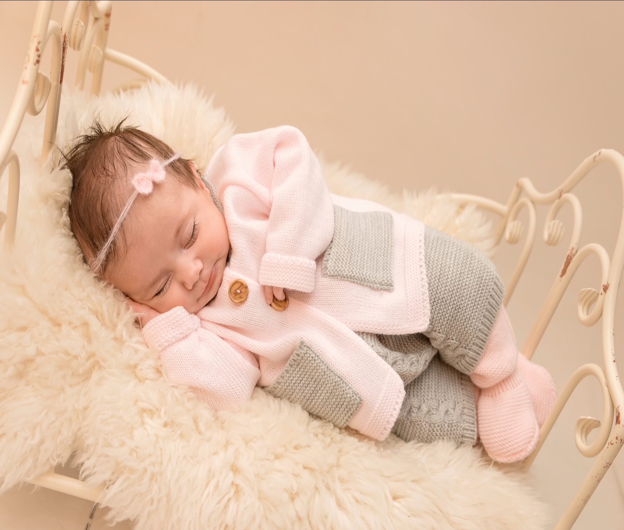 1691cf8cba07 Baby Girls Pink Knitted Dungaree Outfit