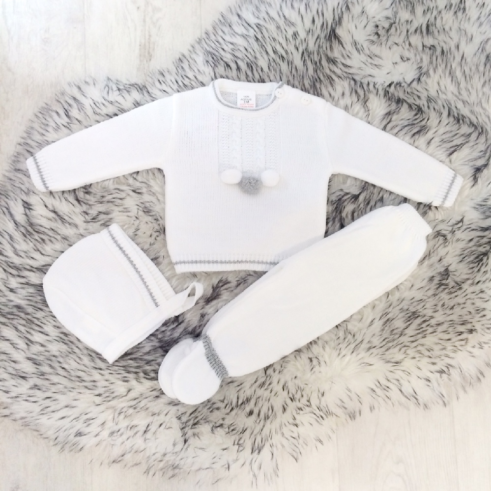 Unisex Baby White Knitted Outfit