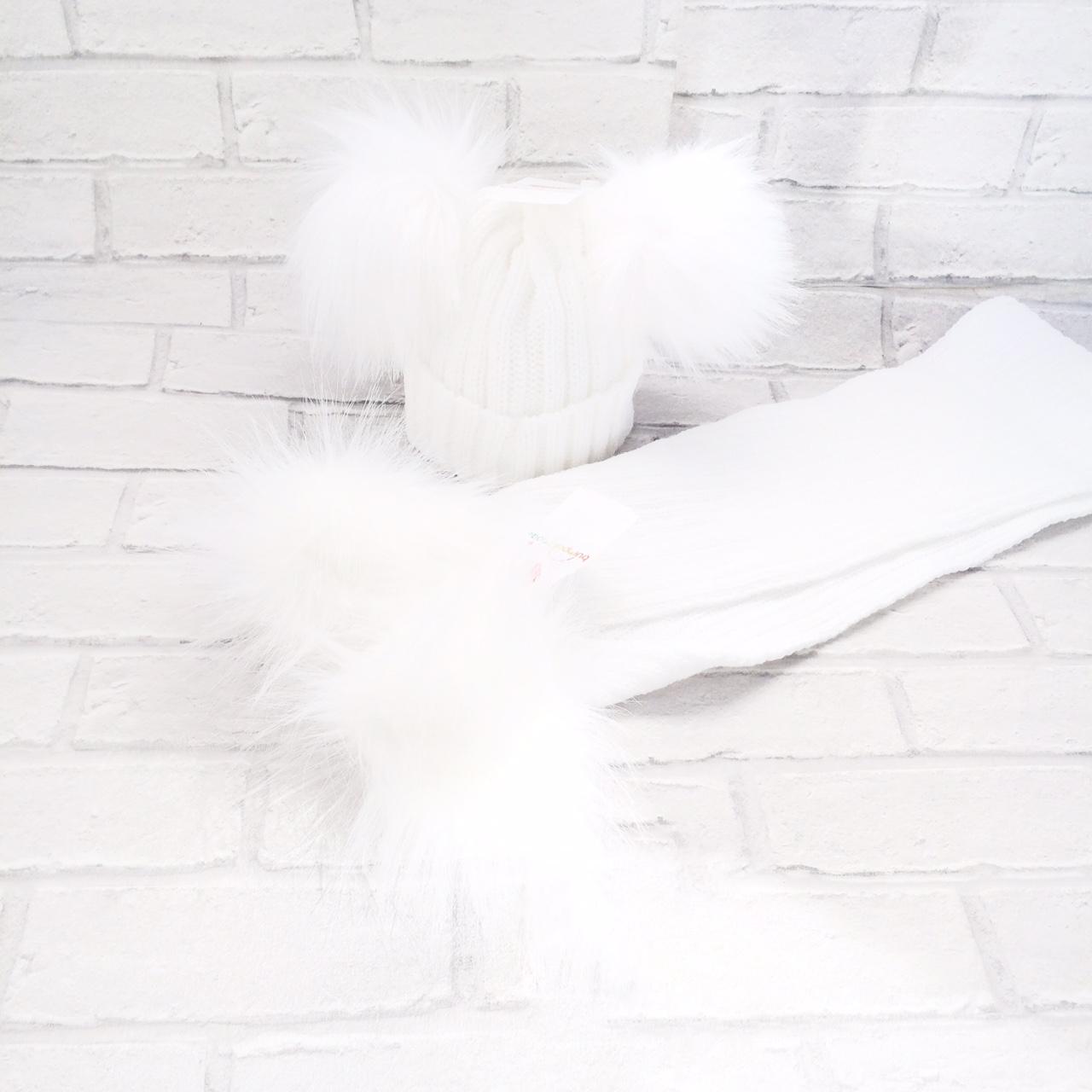 White Double Pom Pom Hat & Scarf Set