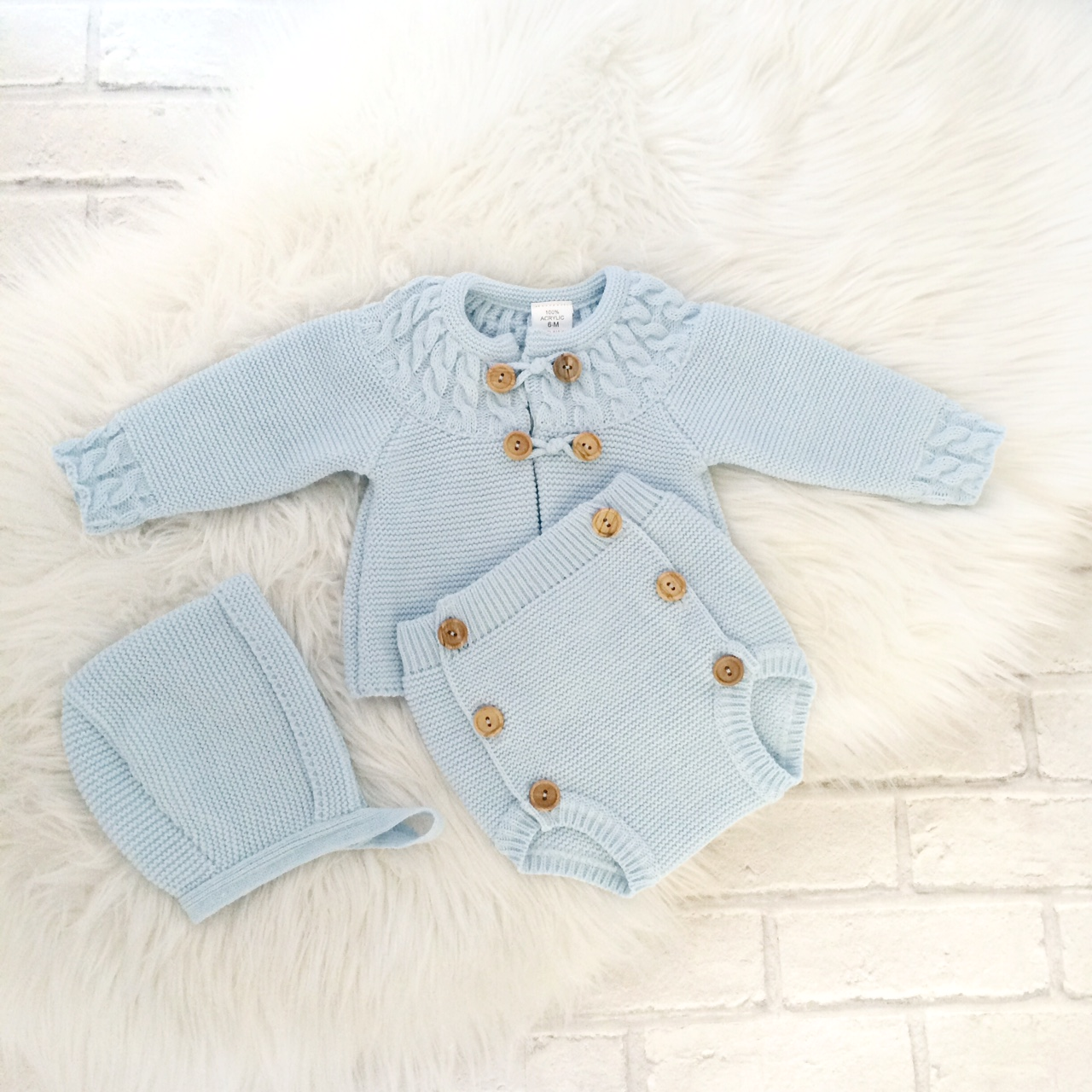 5d6d82150336 Blue Knitted Three Piece Set