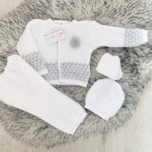 Unisex White & Grey Knitted Four Piece Set