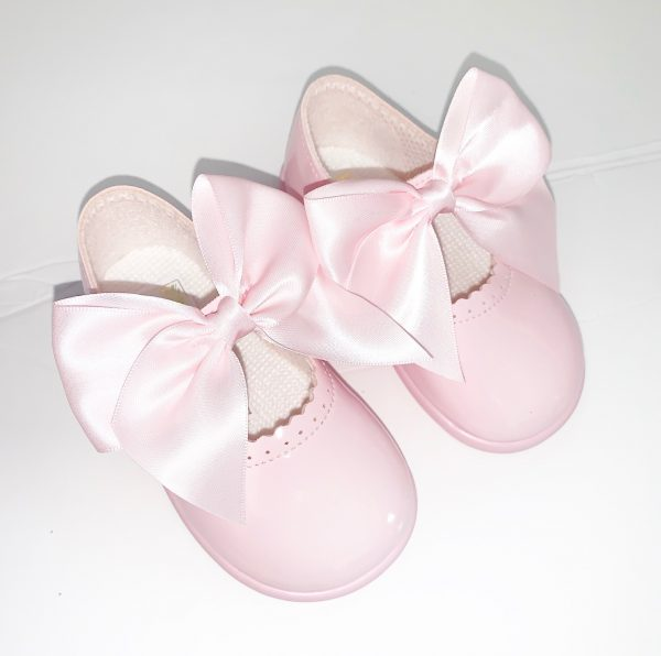 Girls Pink Bow Shoes with Rubber Sole