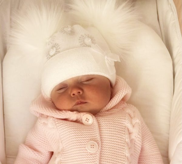 BABY GIRLS WHITE DOUBLE POM POM HAT